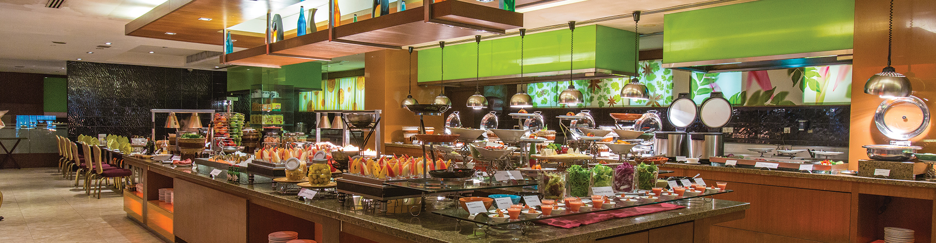 View the latest HomeTown Buffet prices for the entire menu including breakfast, lunch, and dinner buffets, Military Monday, and family night buffets.